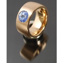 11mm PVD Rosé Gold Edelstahl Ring mit Swarovski Elements Fb. Light Sapphire