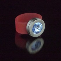 Silikonringe rose-rot matt Kopf Fb.silber + Swarovski Elements Light Sapphire