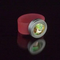 Silikonringe rose-rot matt Kopf Fb.silber + Swarovski Elements Luminous Green