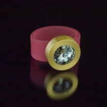 Silikonringe rose-rot matt Kopf Fb.gold + Swarovski Elements Black Diamond