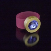 Silikonringe rose-rot matt Kopf Fb.gold + Swarovski Elements Tanzanite