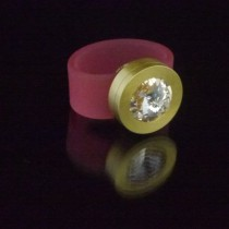 Silikonringe rose-rot matt Kopf Fb.gold + Swarovski Elements Silk